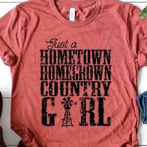 Country Girl Tee Hometown Homegrown NEW NWT